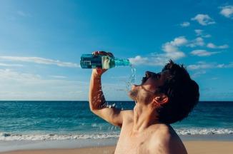 thirsty-man-937395_640